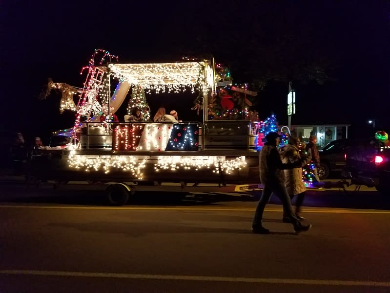 Redneck Christmas Lights.Scenes From Lowell Santa And Christmas Parade Edition